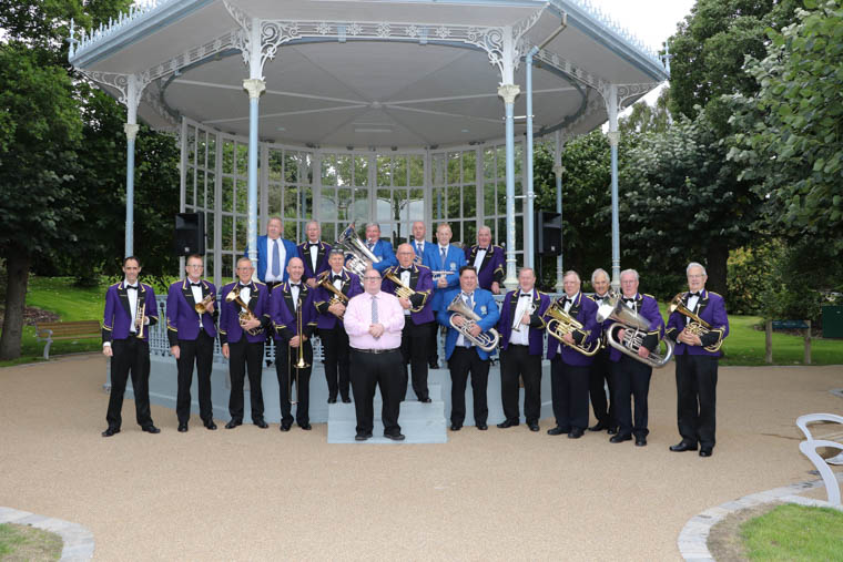Warrenpoint Silver Band, St. Peters GAA Band joined together with Conductor Mark Newman to provide the entertainment for the Re-opening of Warrenpoint Municipal Park on Friday 31st August 2018.