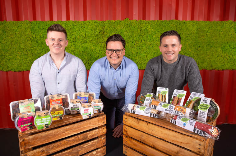 DELI LITES Ireland, has launched two new plant-based ranges to meet growing consumer demand for tasty meat-free products, as more and more people start to enjoy vegetarian, vegan and flexitarian lifestyles. Pictured (L-R) Kevan Jordan from Kitchen Vegilantes, Gary McDowell, head of food innovation at DELI LITES Ireland, and Brian Reid, co-founder CEO of DELI LITES Ireland.