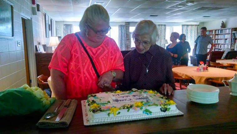 Sister Aiden and Sandra Redmond Keogh of Arklow, Co Wicklow visiting Mobile from Ireland in Sept  2015