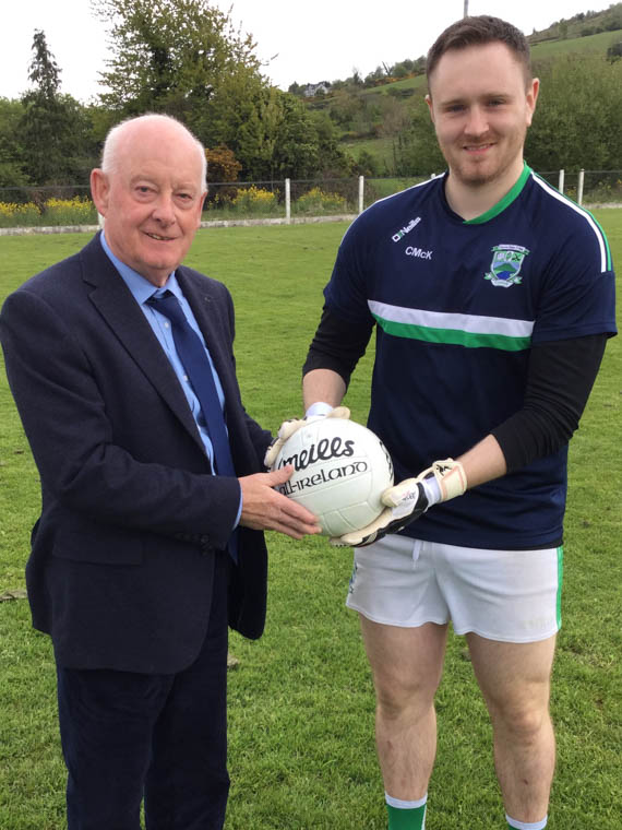 Peter McLoughlin (Bawnless Recruitment) and Conor McKeown pictured ahead of the Shane O'Neill's senior on Sunday – Bawnless Recruitment sponsored the match ball
