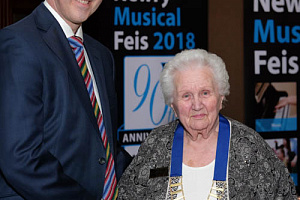 Lowry Hodgett, Newry Reporter presents a new chain of office to Alma Brown, President, Newry Musical Feis at a function to launch their 90th year in the Canal Court Hotel. The chain was jointly sponsored by Newry Musical Feis and the Newry Reporter. Photograph: Columba O'Hare